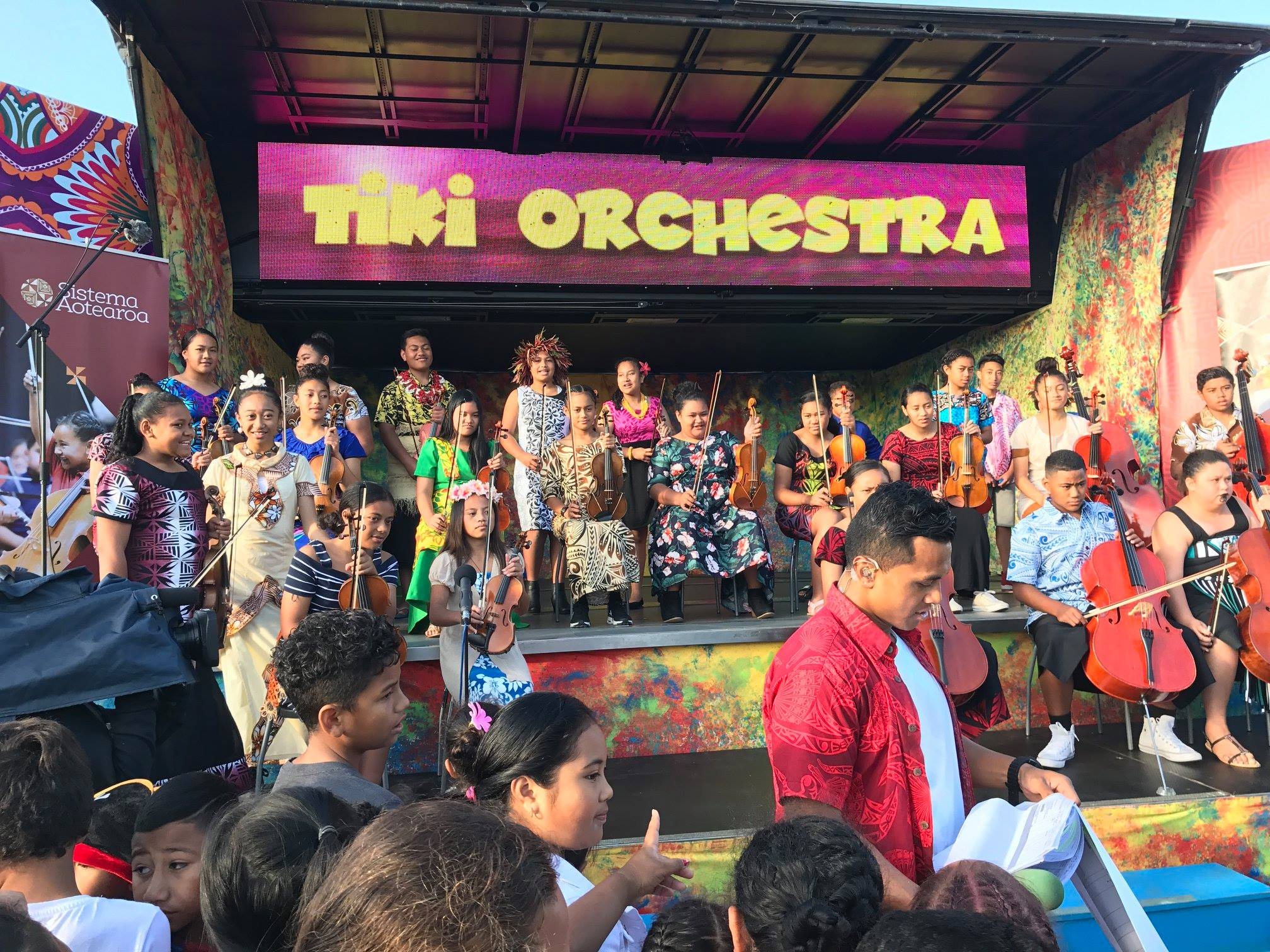 Sisteam Aotearoa's Tiki Orchestra performing on WHAT NOW
