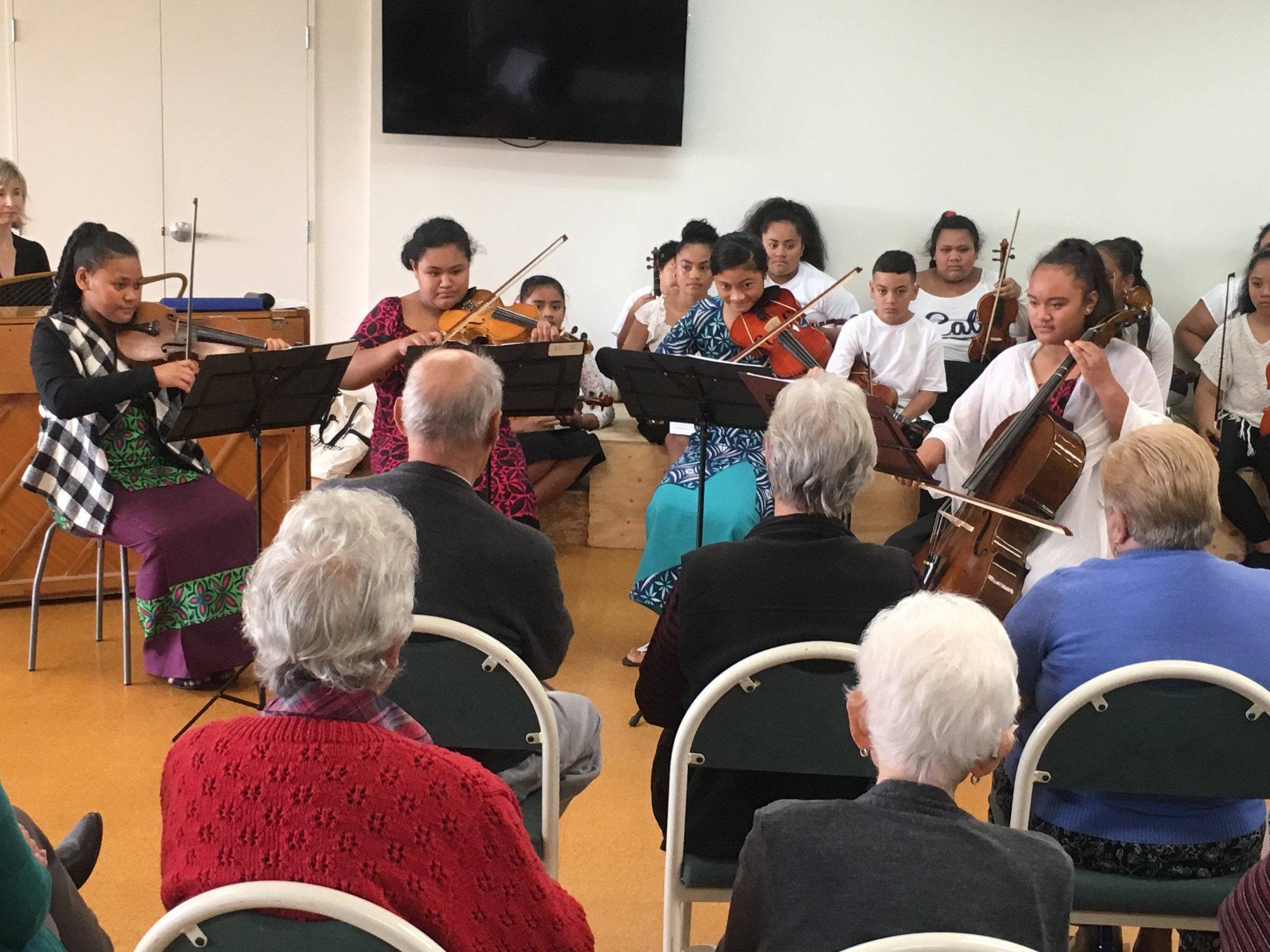 Sistema Aotearoa performing at Langford Retirement Village